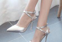 穿高跟鞋怎么走路才有气质-三思生活网
