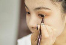 彩色眼线笔不会用?一招教你如何搭配彩虹眼妆-三思生活网