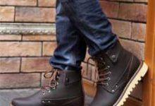 穿马丁靴裤子把裤脚怎么处理-三思生活网