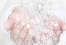 用冷水洗脸的好处和坏处-三思生活网