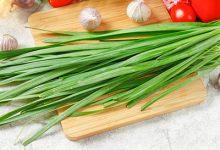 韭菜煮水的功效与作用 韭菜煮水的好处-三思生活网