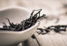 茶叶泡脚有什么好处 茶叶泡脚的功效与作用-三思生活网