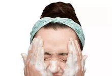 洗脸注意细节有哪几点  正确洗脸的手法-三思生活网