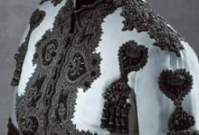 傲娇与偏见迪丽热巴的皮衣是什么牌子 巴黎世家什么档次-三思生活网