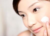 混合型皮肤t区护肤步骤 清洁毛孔去角质-三思生活网