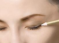 下眼线的画法 画眼线的工具有哪些-三思生活网