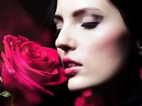 玫瑰精油的功效与作用 使用方法是怎样的-三思生活网