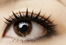 bb霜遮黑眼圈的化妆技巧 用什么化妆品可以盖住黑眼圈-三思生活网