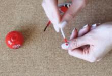棉签怎么画指甲-三思生活网