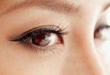 眼线是画在哪个位置 眼线画在睫毛上面还是下面-三思生活网