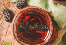 黑桑葚泡水喝的功效 黑桑葚泡水喝有哪些好处-三思生活网