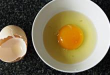 鸡蛋面膜敷多长时间 敷太久会怎么样-三思生活网