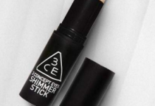 高光修容棒怎么用法   化妆使用顺序-三思生活网