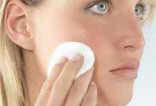 天天用卸妆水对皮肤好吗 天天用卸妆水有哪些坏处-三思生活网