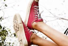 帆布鞋适合什么年龄   适合夏天穿-三思生活网