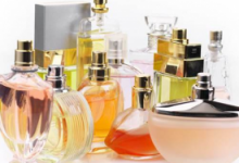 香水过敏喷嚏多怎么办 衣服上的香水味怎么去除-三思生活网