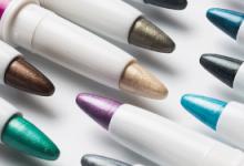 高光笔和高光粉哪个好 高光笔和高光粉有什么区别-三思生活网