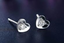 钻石耳钉一般买多大的 周大福的多少钱-三思生活网