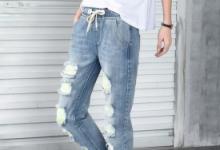 牛仔裤会越穿越大吗  要买小一码吗-三思生活网