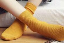 袜子发白怎么办   掉色怎么处理-三思生活网