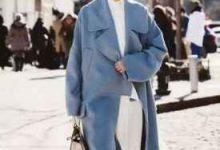 雾霾蓝大衣怎么搭配 配什么颜色围巾-三思生活网